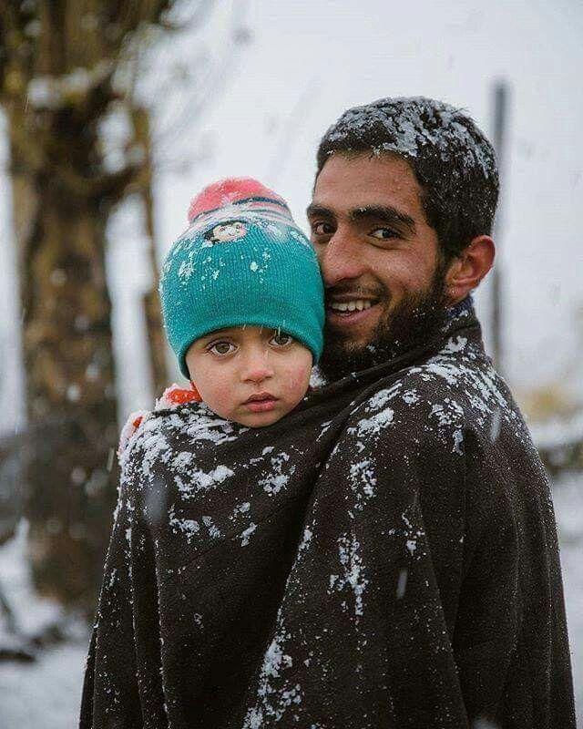 Pheran the King of winter garments in Kashmir