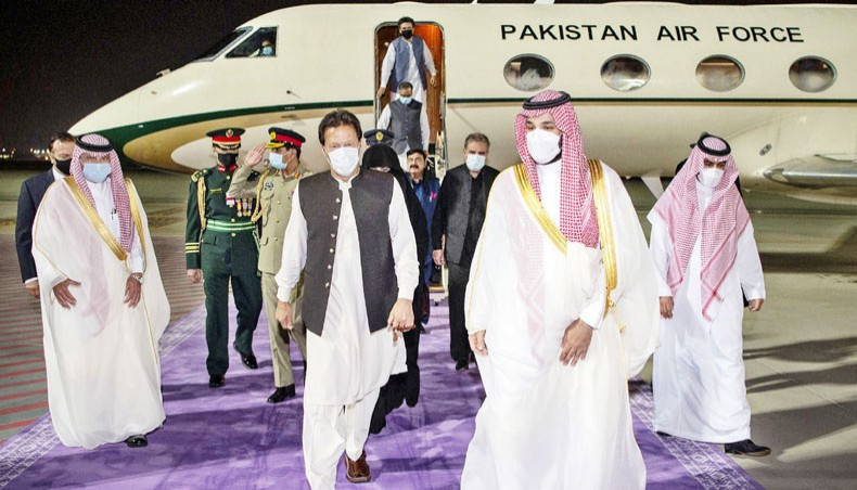 Saudi Arabia – Pakistan vow to reset ties strained over Kashmir Issue