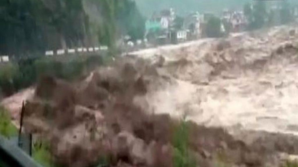 5 Killed, Over 25 missing in cloudburst in Paddar area in Kishtwar