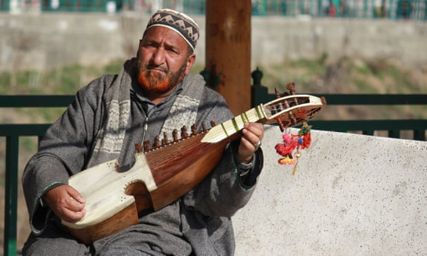 Noor Mohammad Shah - Kashmir folk singer's rise from dusty street to music star