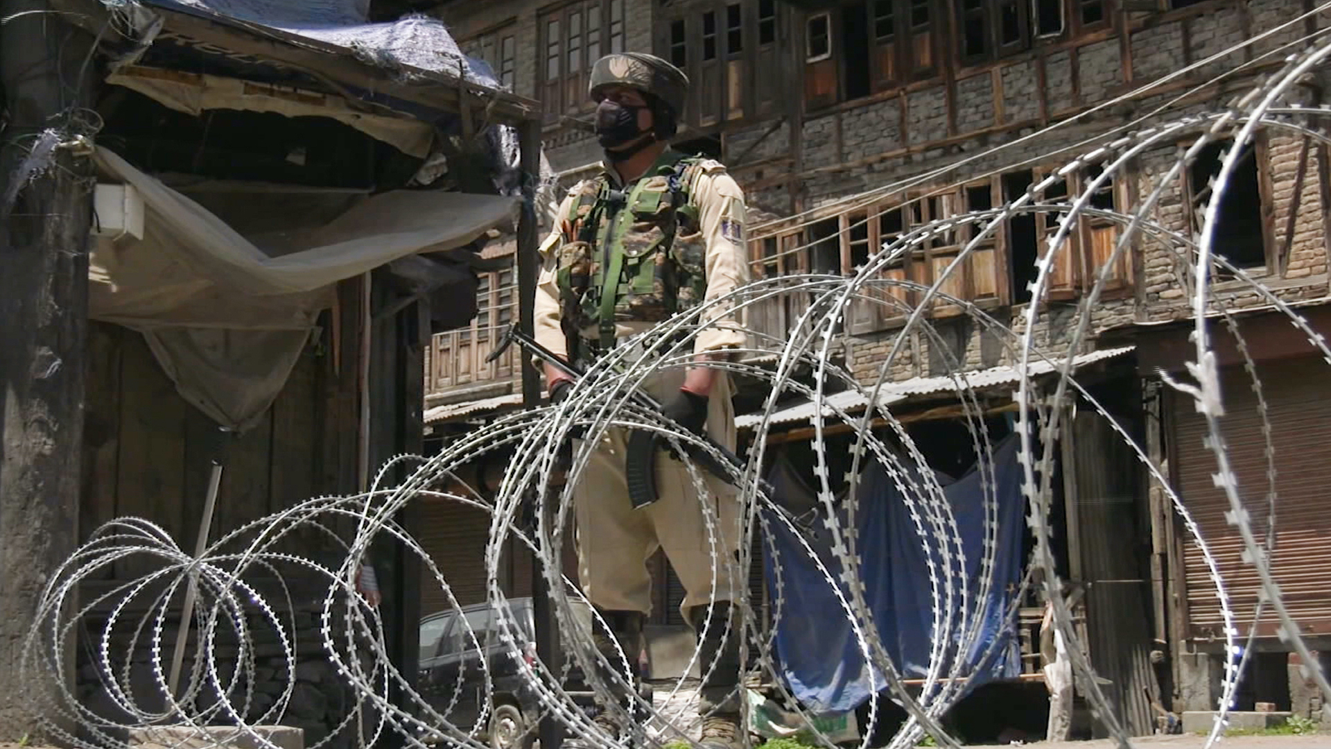 Kashmiri's accuse Indian forces of Arbitrary Arrests, Intimidation